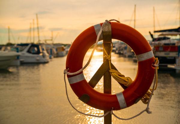 life-buoy-in-sunset-P3YJA7N_Easy-Resize.com